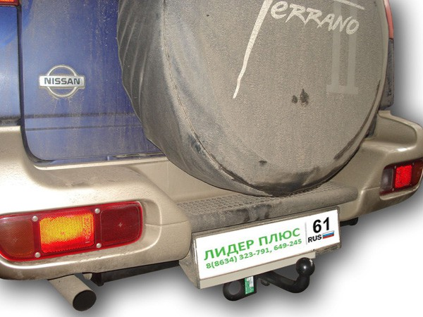 Фаркоп для Nissan Terrano 2 1995-2004 - Фото