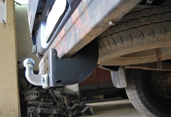 Фаркоп оцинкованный Ford Ranger 1996-2007, 2007-2012, Mazda B2500 1996-2007, Mazda BT-50 2007-2012 условно-съемное крепление шара - Фото