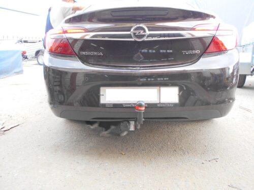 Фаркоп оцинкованный Opel Insignia седан/универсал/хетчбек 2009-2017 условно-съемное крепление шара - Фото