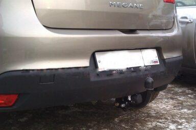 Фаркоп оцинкованный Renault Megane II 2003-2008 (classic) седан/универсал, Megane III универсал 2008- условно-съемное крепление шара